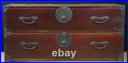 Antique Tansu Japan lacquered furniture 1880s hand made cabinet chest